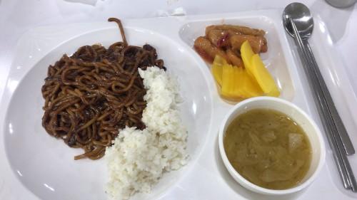 釜山外国語大学寮の食事4