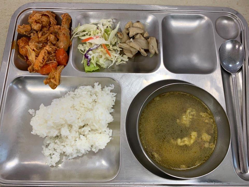 釜慶大学寄宿舎食堂3
