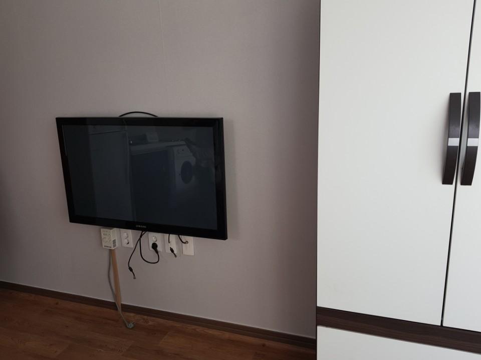 たんす、テレビ